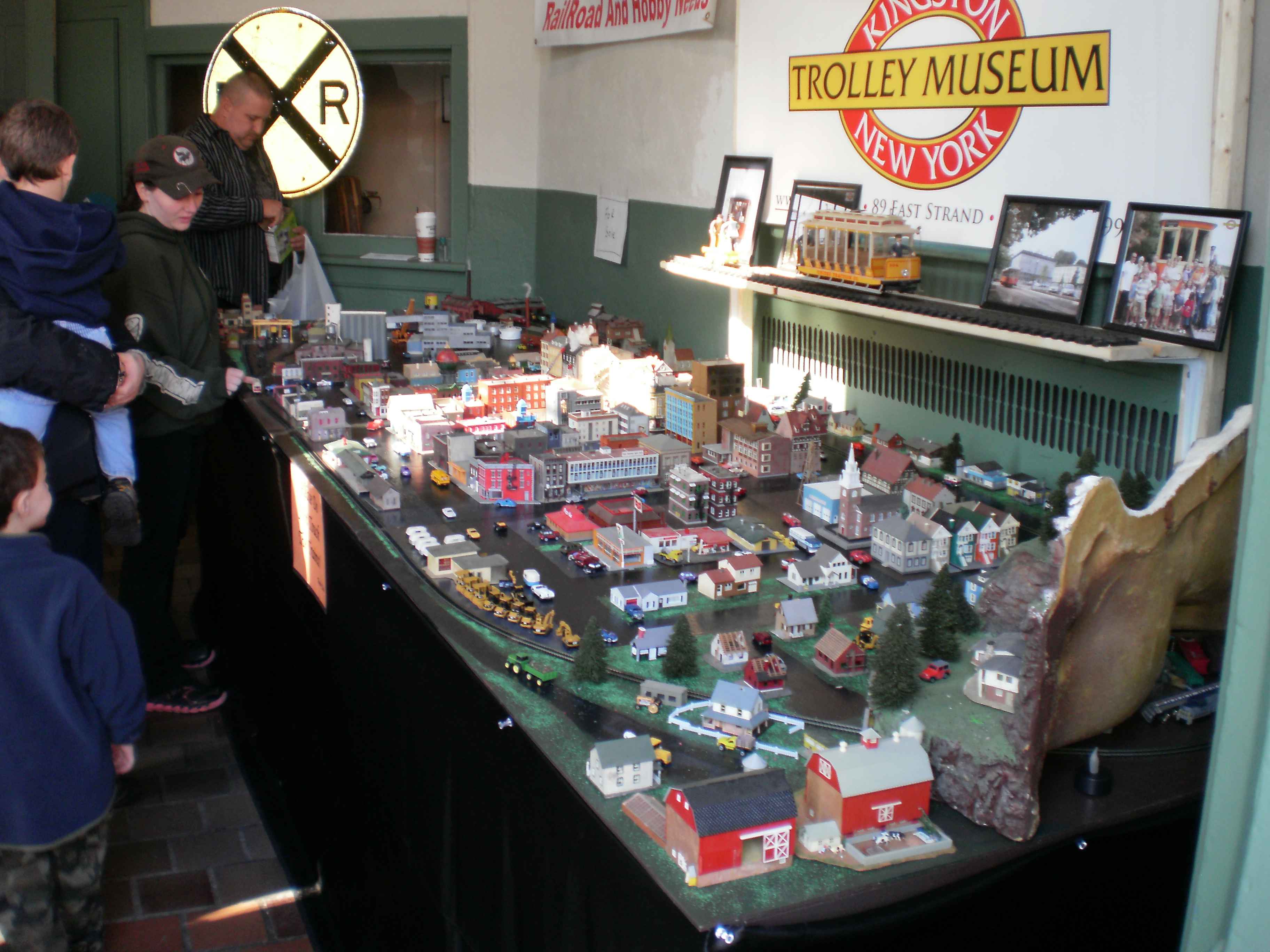 Kingston Ny Train Show One Of The Mid Hudson Valley S